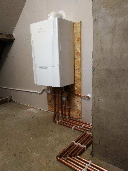 New boiler installation in Halling, Kent. Boiler featured is an ideal vogue max with a 12 year manafacture warranty.